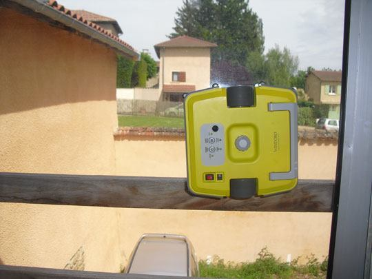 eziclean windoro07 TEST : Robot laveur de vitre Windoro