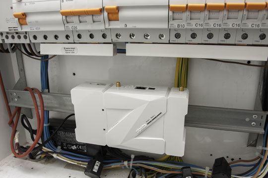zipato zipabox z wave electrical cabinet