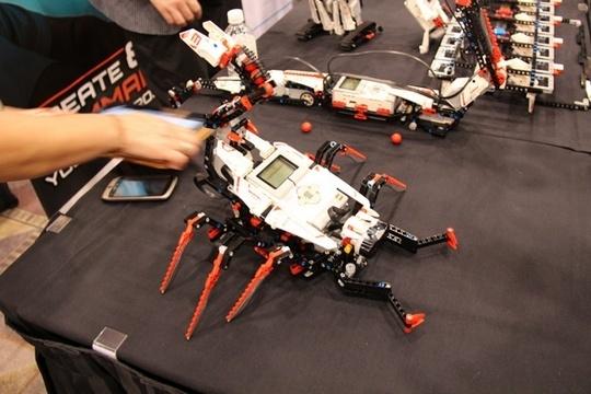 ces lego mindstorm Les Legos pilotables par iPhone