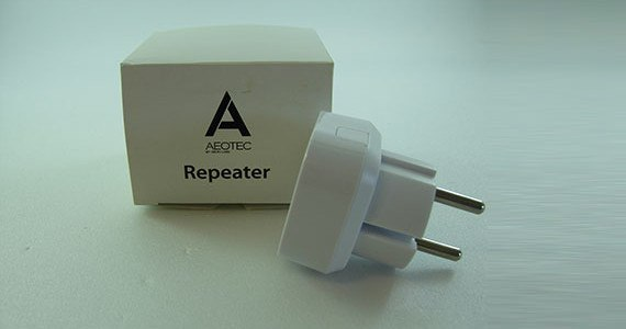 Aeon_Labs_repeater_z-wave