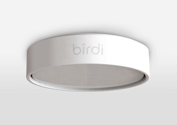 Birdi device model Birdi, un détecteur de fumée et de qualité dair intelligent