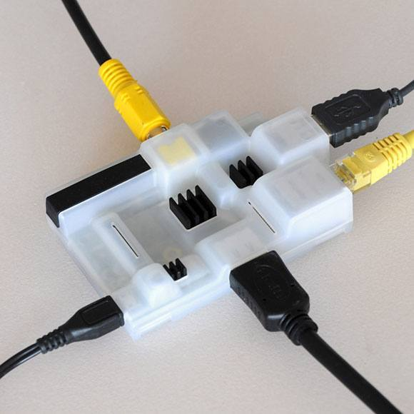 SweetboxII_heatsinks_cables