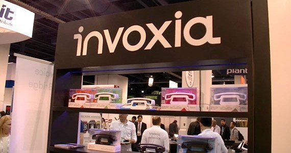 invoxia_ces2014_booth