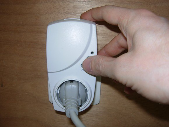 unite centrale pluzzy controleur domotique zigbee 45 Test du Pack Home Pluzzy de Toshiba