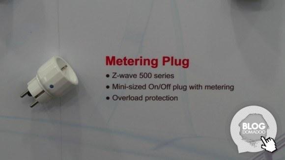 Everspring_CeBIT2014_Z-Wave_metering_plug