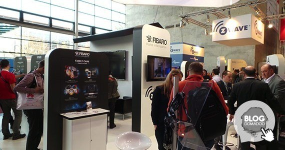 Fibaro_CeBIT2014_Booth