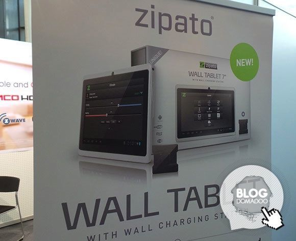 Zipato_CeBIT2014_wall_tablet_affiche