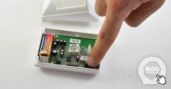 Guide d'installation du détecteur de mouvement ZP3102 Vision Security avec la Zibase