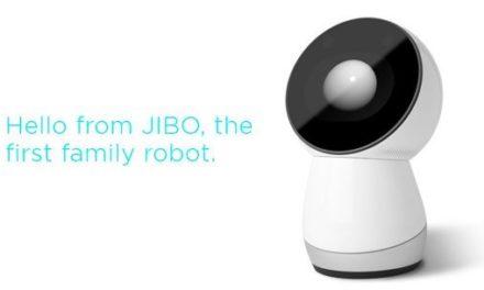 JIBO, le premier robot pour la famille