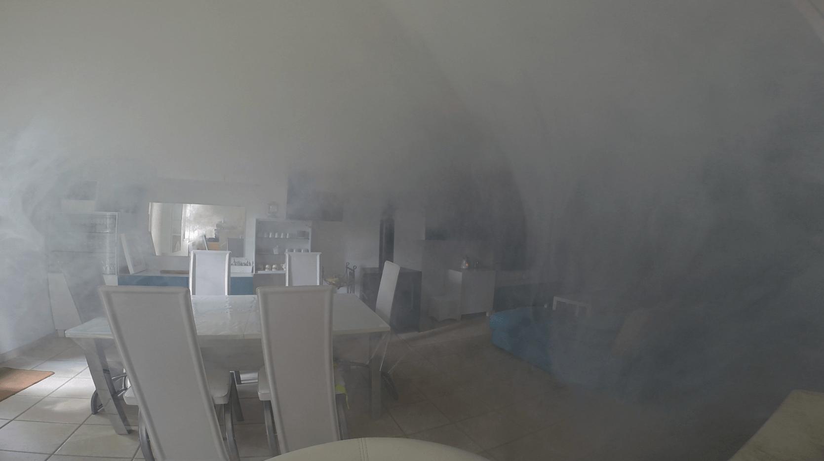 Fumicube: faites fuir les cambrioleurs en les enfumant !