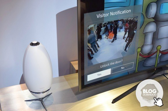 Samsung_CES2015_Smartthings_notification_TV