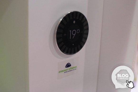 Ubiant_CES2015_Thermostat