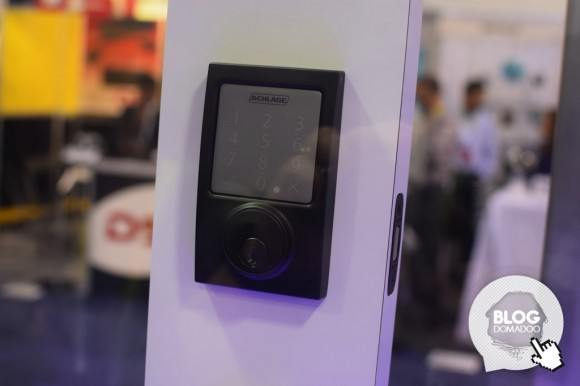 iDevices_Schlage_CES2015