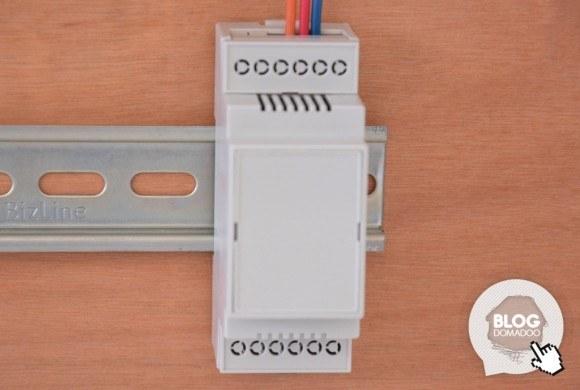 Guide de montage du boîtier Camdenboss sur support Rail DIN pour micromodules domotiques