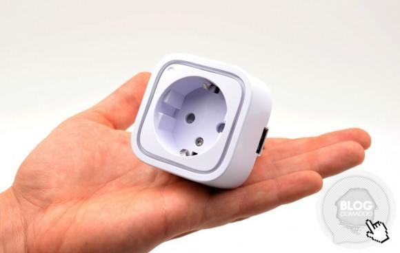 Aeon-labs-smart-switch-6_wallplug_domadoo