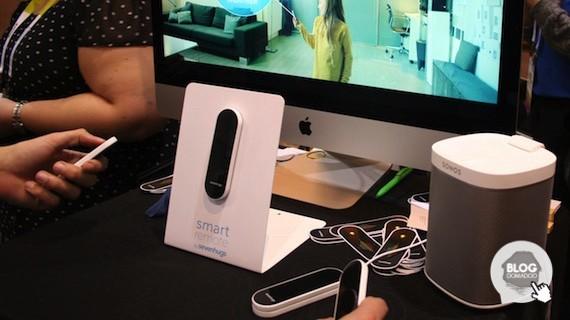 1PfzFnV Senvenhugs présente l'ultime télécommande pour les objets connectés au CES2016