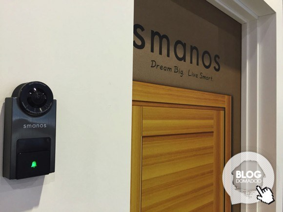 Smanos-ces2016-smart-video-doorbell