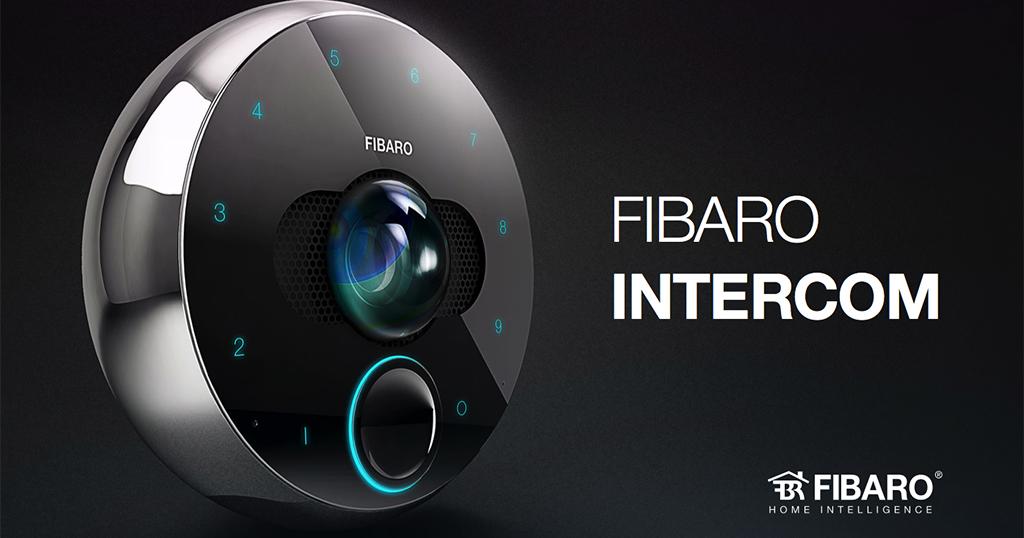 Le portier vidéo connecté Fibaro Intercom en approche