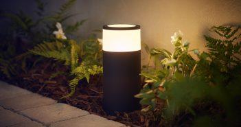Philips Hue outdoor Calla pedestal une