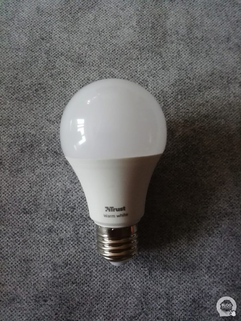 03Pack 2 ampoules Trust Zigbee