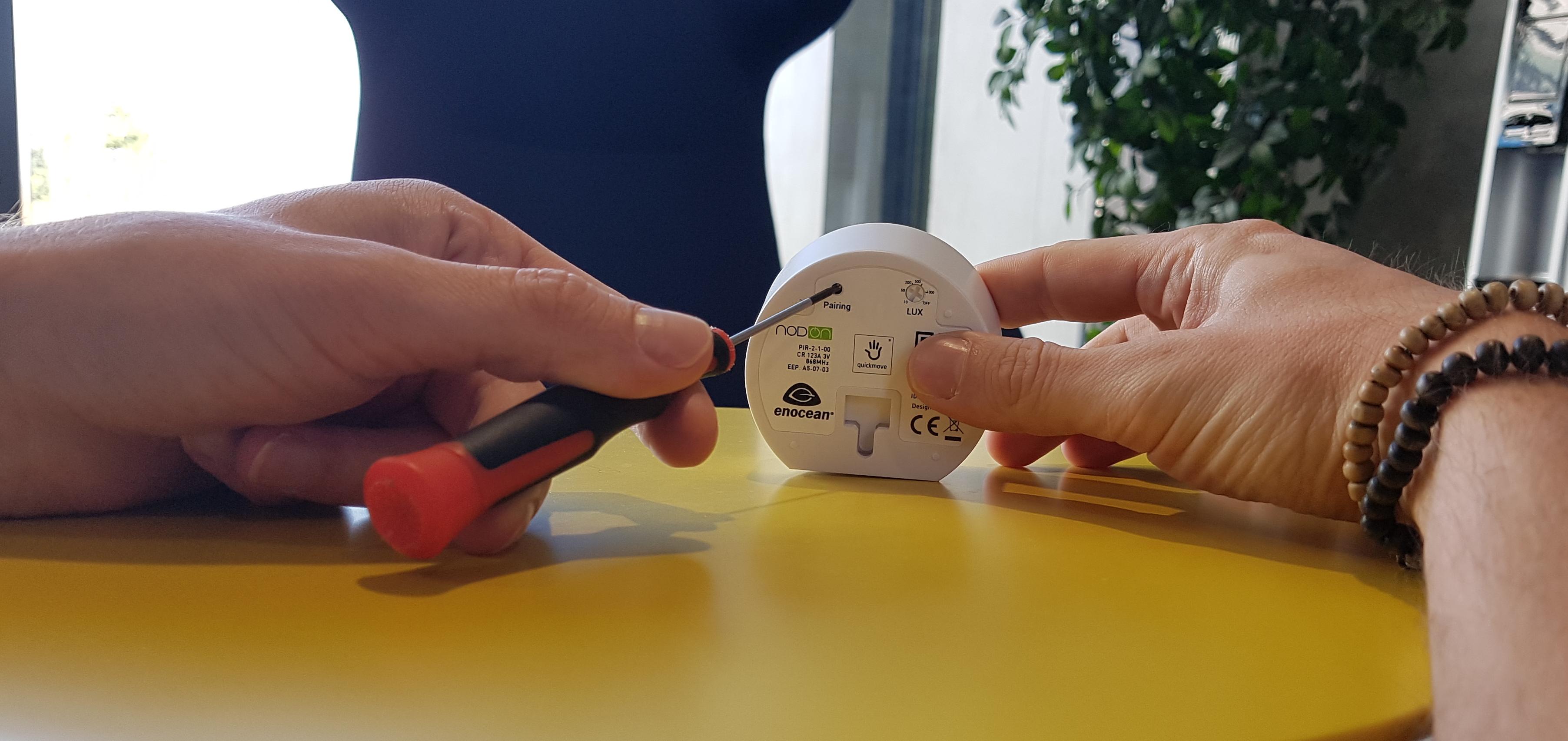 Association du détecteur de mouvement Nodon pour une gestion d'éclairage automatique