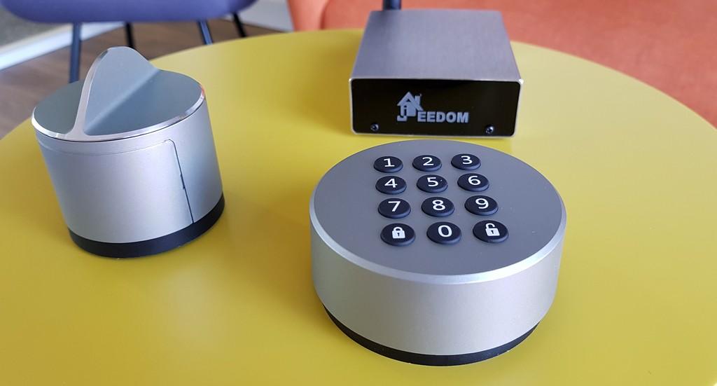Contrôlez votre digicode intelligent à distance pour offrir différents accès à votre logement