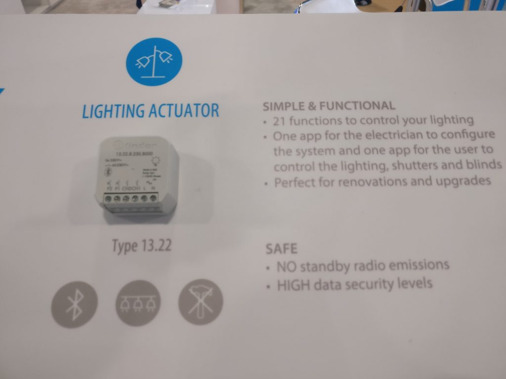 finder yesly ces2020 lighting