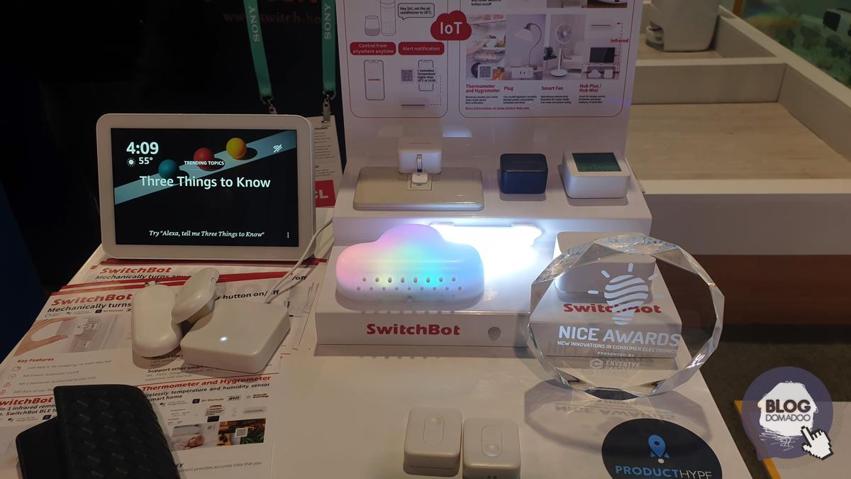 SwitchBot Curtain, le petit robot qui automatise vos rideaux au #CES2020